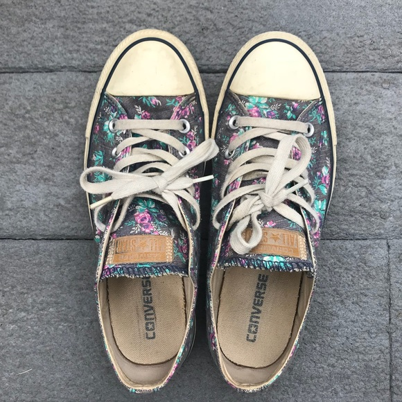 15ed44d61298 Converse Shoes - Converse Floral Chuck Taylor All Star Low Rise